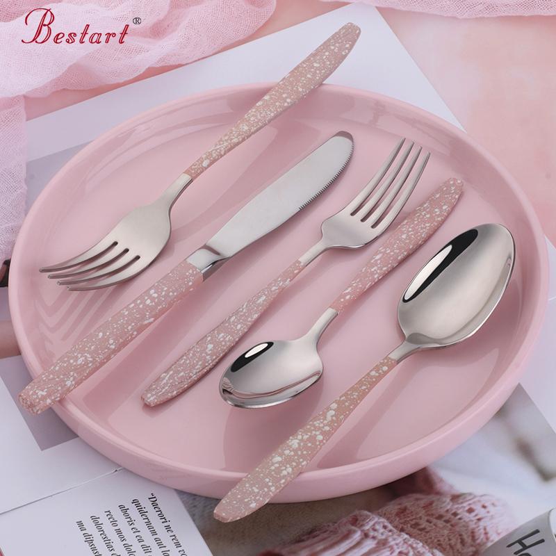 不锈钢餐具被越来越多的应用